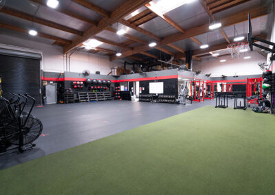 Fitness area inside No Limit PT